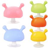 英國 Mombella Q比蘑菇固齒器 (5色) 媽貝樂 固齒玩具 矽膠 磨牙玩具 咬咬樂 0578