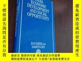 二手書博民逛書店英文原版罕見《India Economic Development and Social Opportunity》