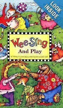 【麥克書店】WEE SING AND PLAY /英文歌譜附CD《兒童歌謠》