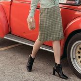 臧芮軒。格紋附造型腰帶修身A字短裙 OrangeBear《CA1782》