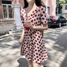 VK精品服飾 韓系小清新顯瘦V領波點雪紡短袖洋裝