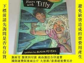 二手書博民逛書店two罕見hours with tilly(英文)Y212829