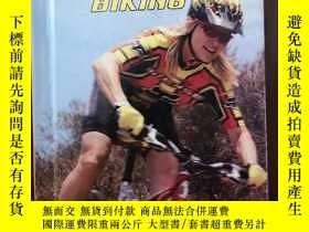 二手書博民逛書店Mountain罕見Biking (High Interest
