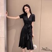 v領赫本心機小黑裙 2020新款夏黑色連身裙法式顯瘦大碼裙子復古洋裝 JX718『bad boy時尚』