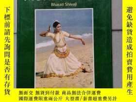 二手書博民逛書店THE罕見ART OF MOHINIYATTAM 印度文Y10445 Text : Bharati Shiva