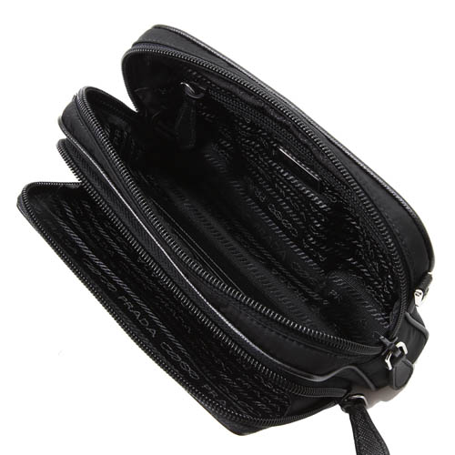 PRADA SAFFIANO 防刮皮革拼接尼龍三角LOGO迷你雙拉鍊斜背包(黑色)