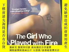 二手書博民逛書店The罕見girl who played with FireY1