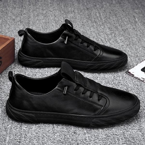 勞保鞋 2021新款休閒板鞋韓版潮流開車工作勞保百搭黑色皮鞋男鞋春季潮鞋 美物