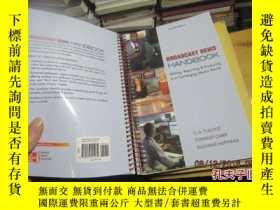 二手書博民逛書店broadcast罕見news handbook 2117196