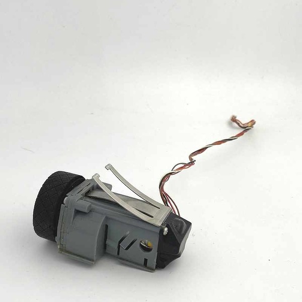 [二手良品] Right Wheel with Motor for Scooba 330 340 350 5900 5800 etc 380 385 390