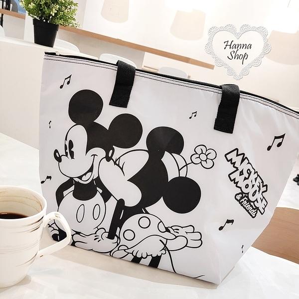 《花花創意会社》外流。米奇灰保溫保冷大側背包雙面黑大容量迪士尼野餐包【H6995】