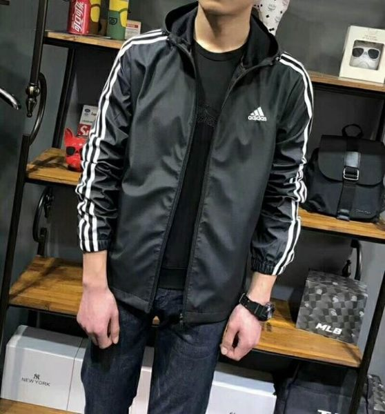 愛迪達 ADIDAS 三葉草 三線 三槓 防風連帽外套 風衣 黑CX4985/白CX4983 S~2XL/澤米