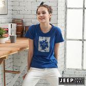 【JEEP】女裝轉印圖騰圓領短袖T恤-藍色