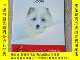 二手書博民逛書店Animals罕見in the Snow(Sails Liter