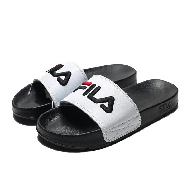 FILA 黑底白 皮革 黑紅LOGO 基本款 防水 大刺繡 運動 拖鞋 男女(布魯克林) 4S313T100
