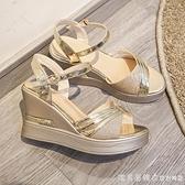 大東2021夏季新款坡跟涼鞋高跟鞋一字扣帶百搭防水臺魚嘴厚底女鞋 美眉新品