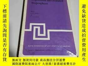 二手書博民逛書店Chemistry罕見of the unpolluted and