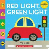RED LIGHT GREEN LIGHT 硬頁翻翻書 【交通號誌】 (OS小舖)