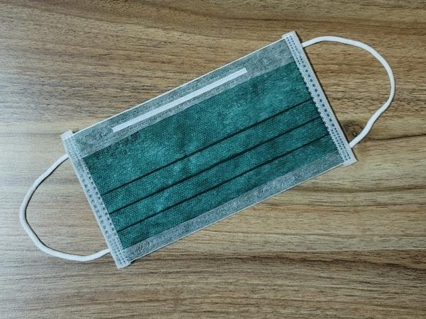 淨新雙鋼印醫用平面三層口罩@成人-軍綠色@醫療口罩 符合CNS14774 無痛耳帶 無異味 舒適好戴