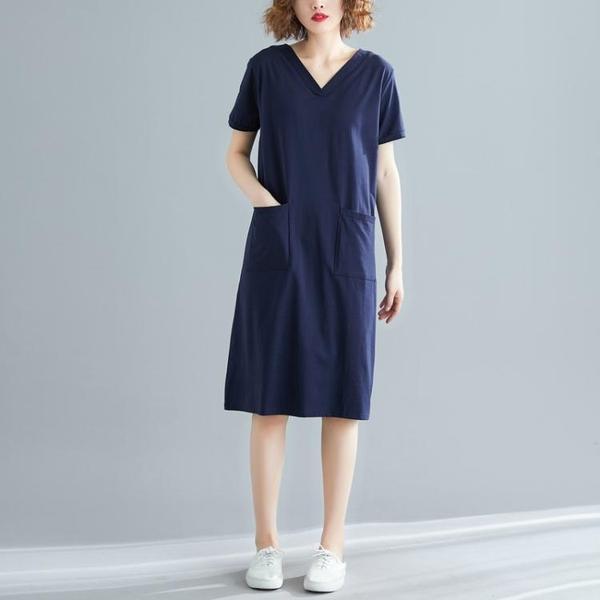 洋裝 連身裙 洋氣大碼女裝寬鬆韓版中長款夏裝200斤胖mm短袖T恤v領洋裝顯瘦