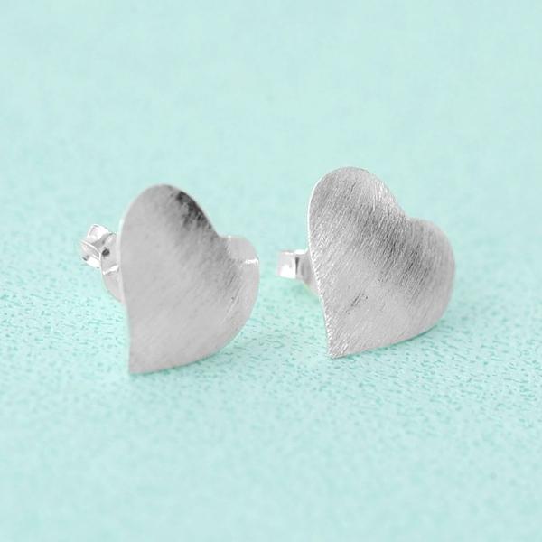 耳環 925純銀愛心髮絲紋路耳針【NPD65】