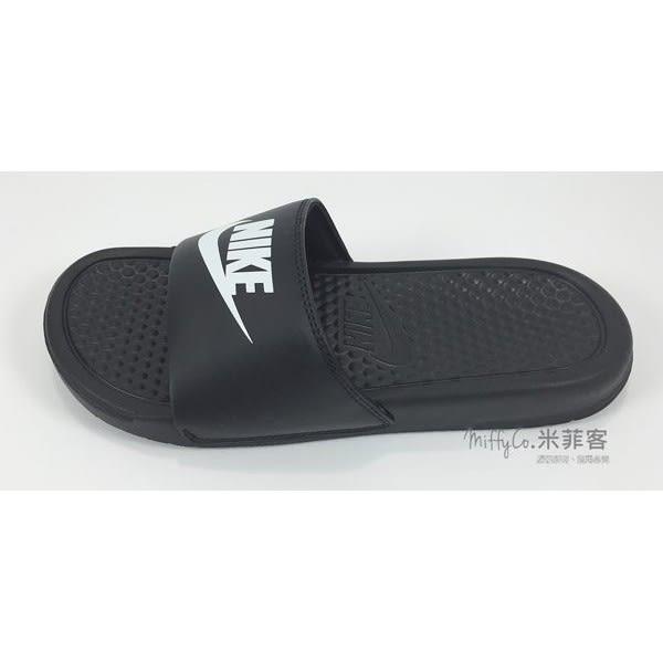 Nike 米菲客 Wmns Benassi JDI 555628 002 黑底黑面 白字白勾 拖鞋