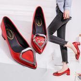 尖頭高跟鞋紅色婚鞋單鞋淺口漆皮中跟粗跟女鞋 俏腳丫