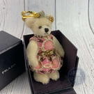 BRAND楓月 PRADA 普拉達 金粉洋裝熊熊 金色玫瑰髮飾 米白色熊熊 泰迪熊 吊飾 配件 配飾