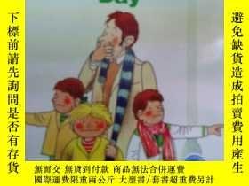 二手書博民逛書店英文原版the罕見foggy dayY17584 本書編輯部 本書出版社 出版2012