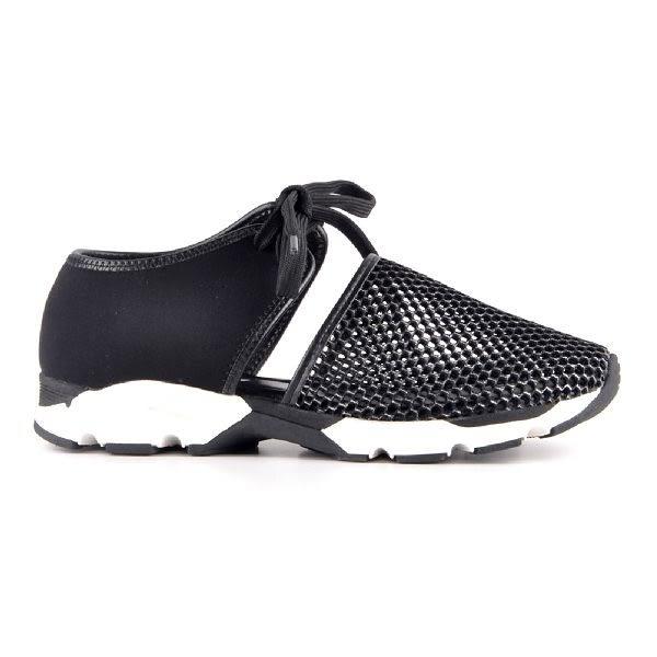 ALL BLACK   網布沖孔純色綁帶休閒鞋-黑色