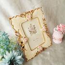 雕花 相框 TOOKI & CO【Z433202】歐式浪漫立體玫瑰雕花彩繪方型7吋照片相框/婚禮裝飾小物-Rise