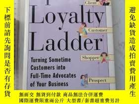 二手書博民逛書店Up罕見the Loyalty Ladder 精裝Y385290 Murray Raphel and Neil