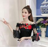 一字肩上衣女新款修身花朵刺繡甜美網紗漏肩蕾絲衫 js4362『科炫3C』