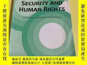 二手書博民逛書店Development,Security罕見And Human