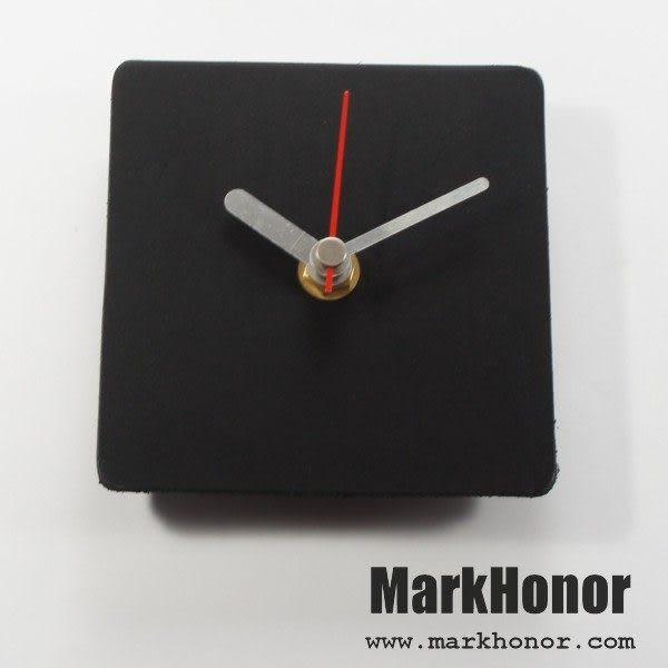 簡約風格-方型 100%真皮 皮革 桌鐘 靜音 時鐘 黑 10公分-Mark Honor