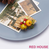Red House 蕾赫斯-夏日小草帽造型胸針
