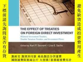 二手書博民逛書店The罕見Effect Of Treaties On Foreign Direct Investment: Bil