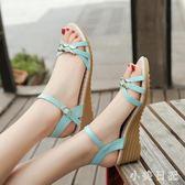涼鞋女學院風時尚新款坡跟女鞋牛筋底露趾中跟厚底平底舒適防滑媽媽鞋 qf4465【小美日記】