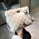 毛毛包包女2020潮秋冬韓版毛絨斜背包女菱格鏈條包少女側背包 雲朵走走
