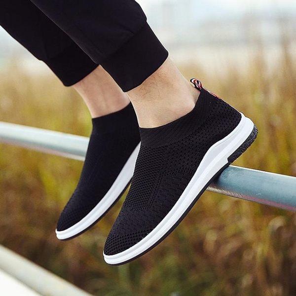 夏季一腳蹬2018襪子鞋休閒鞋男士帆布鞋透氣韓版鞋男懶人潮鞋網鞋  巴黎街頭