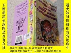 二手書博民逛書店horrid罕見henry and the mega mean time machine 可怕的亨利和超級機器!。