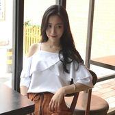 2019春季新品韓國一字領寬鬆短袖雪紡衫女荷葉邊素面露肩吊帶上衣「寶貝小鎮」