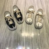 豬蹄鞋 2019秋季新款韓國繫帶分趾鞋女豬蹄馬蹄分腳趾平底帆布鞋 小天後