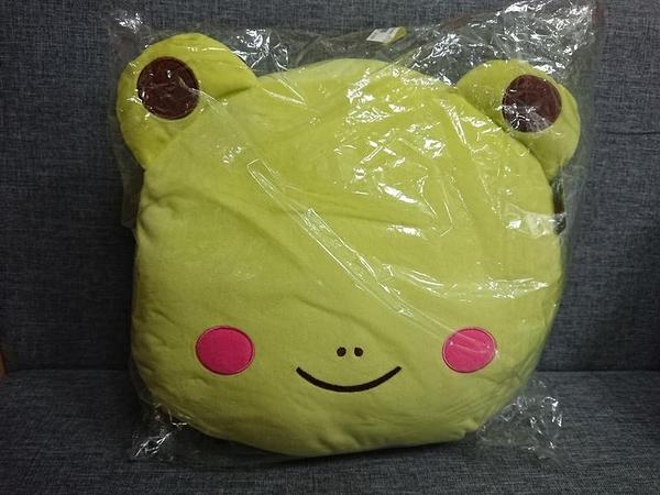 【特賣】《青蛙》正版授權【造型抱枕】暖手枕 玩偶絨毛娃娃抱枕