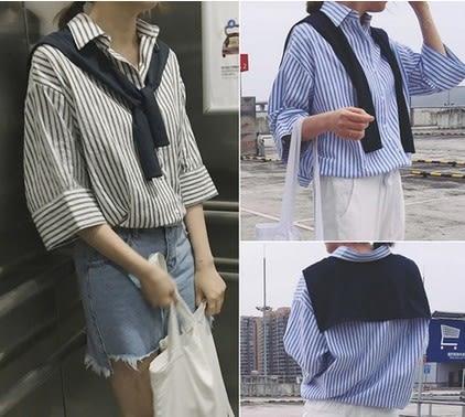 EASON SHOP(GU5507)寬鬆顯瘦條紋五分袖襯衫中袖棉麻披肩式女上衣服落肩春夏裝韓版寬鬆藍色黑色