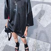 韓貨 寬鬆 OVER SIZE 字母 亮絲 長版上衣 MS J~T1946