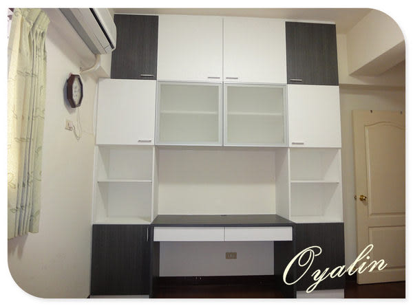 【歐雅系統家具】系統櫃 黑與白的對話 系統書桌 系統收納櫃 EGGER E1-V313防潮塑合板 系統櫃工廠