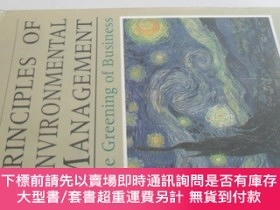 二手書博民逛書店英文原版罕見Principles of Environmental Management: The Greenin