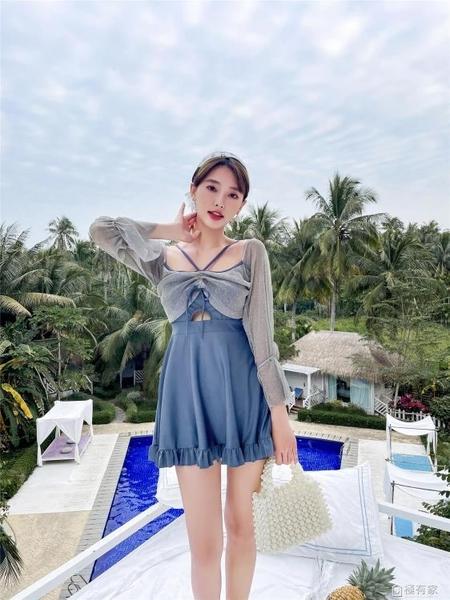 2021新款游泳衣女連身爆款遮肚顯瘦性感露肩韓國ins仙女范泡溫泉 極有家
