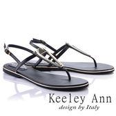 ★2018春夏★Keeley Ann設計美學~三角金屬飾釦全真皮平底T字夾腳涼鞋(黑色)